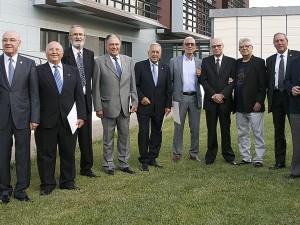 Compañeros que celebran sus 50 años profesionales